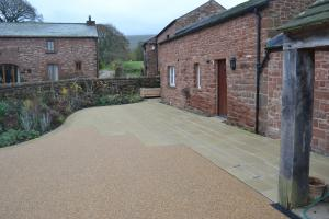 York stone and resin bound aggregate paving